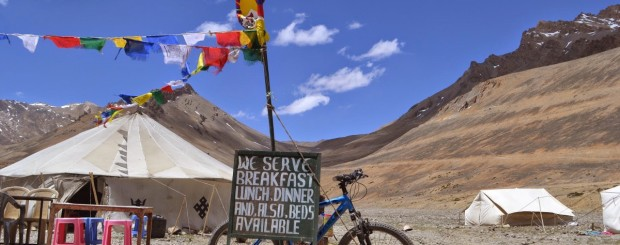 Manali to Leh Cycling our